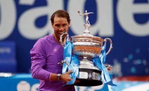 Rafael Nadal bate Tsitsipas e conquista torneio de Barcelona pela 12.ª vez