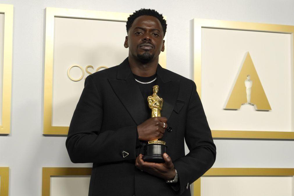 Óscar de Melhor Ator Secundário para Daniel Kaluuya