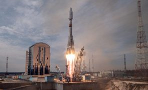 Rússia põe em órbita 36 satélites para fornecer Internet a partir do espaço