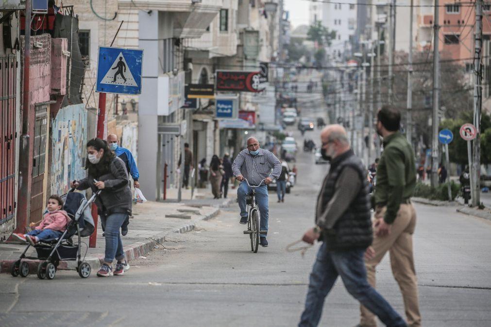 Covid-19: Aumento de casos na Faixa de Gaza ameaça sobrecarregar hospitais