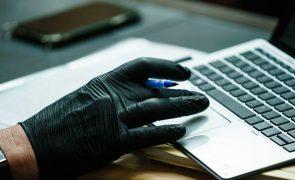 Uso prolongado da internet no confinamento deixou crianças mais expostas a crimes sexuais
