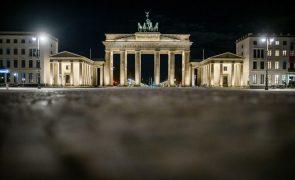 Covid-19: Alemanha regista 10.976 novas infeções e 344 mortes em 24 horas
