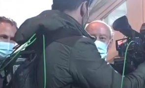 TVI emite comunicado sobre agressão a repórter de imagem