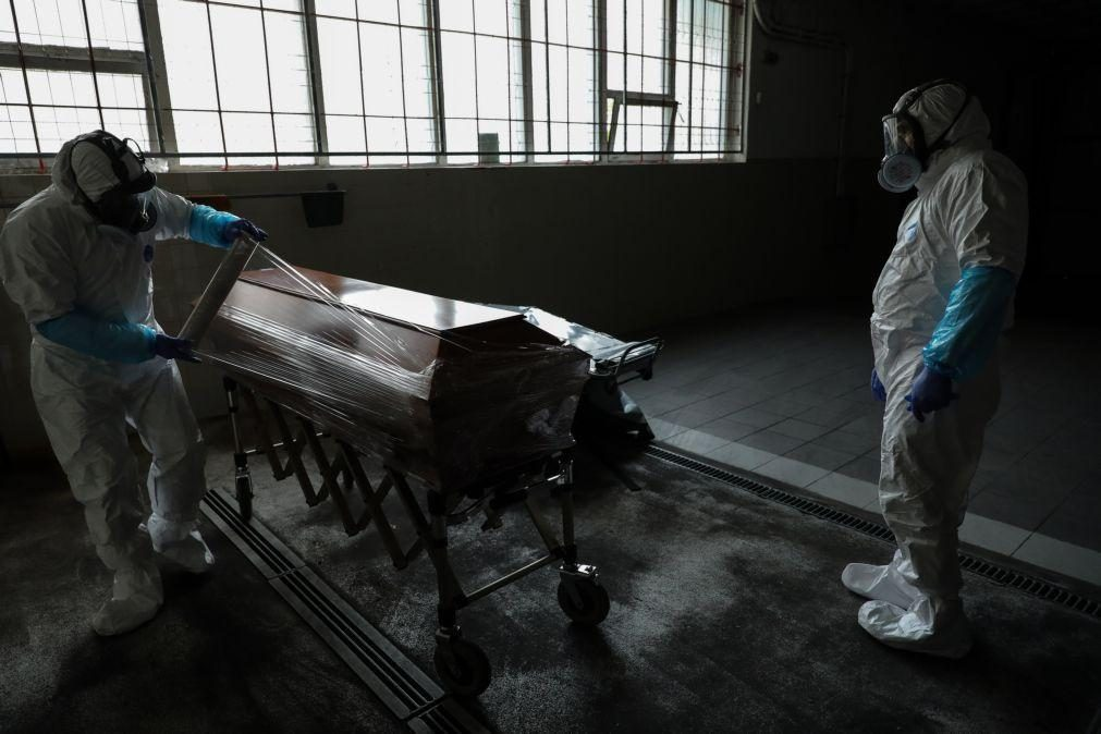 Covid-19: Probabilidade de morrer baixa de 4% para 0,5% em Portugal