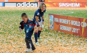 Sonia Bompastor é a primeira mulher a treinar a equipa feminina do Lyon