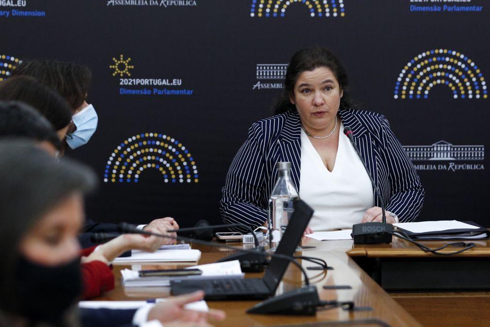 Governo prepara alteração no recrutamento de dirigentes da administração pública