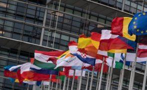 Cimeira Social: Crise quebrou anos de crescimento do mercado laboral mas UE quer inverter queda