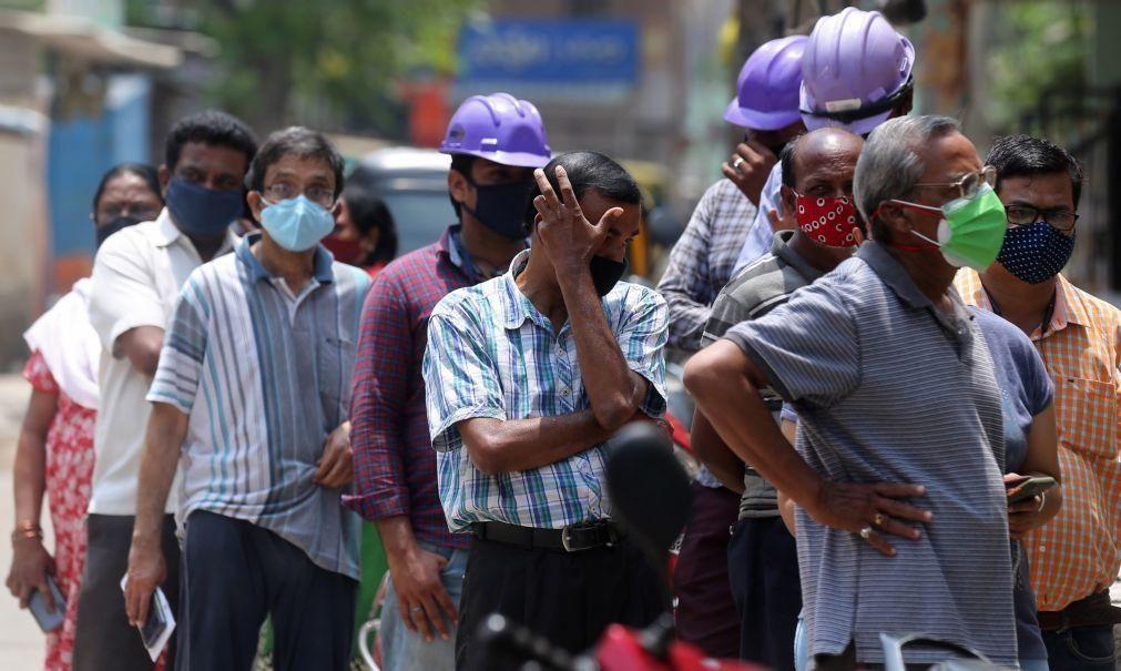 Covid-19: Índia ultrapassa 200 mil mortos e regista novos máximos diários