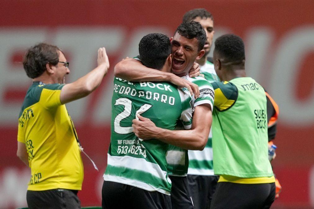 Sporting procura embalar em definitivo para o '19' na receção ao último
