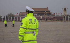 Hong Kong anuncia proibição de vigília de Tiananmen em local emblemático