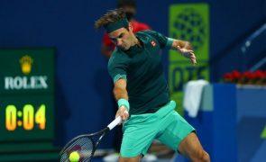 Artigos da carreira de Federer vão a leilão para causa solidária