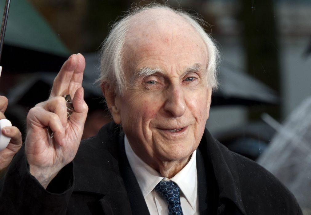 Morreu escritor britânico Michael Bond