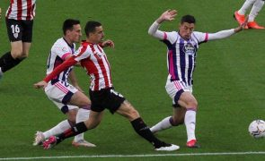 Athletic Bilbau cede empate e atrasa-se na luta pela 'Europa'