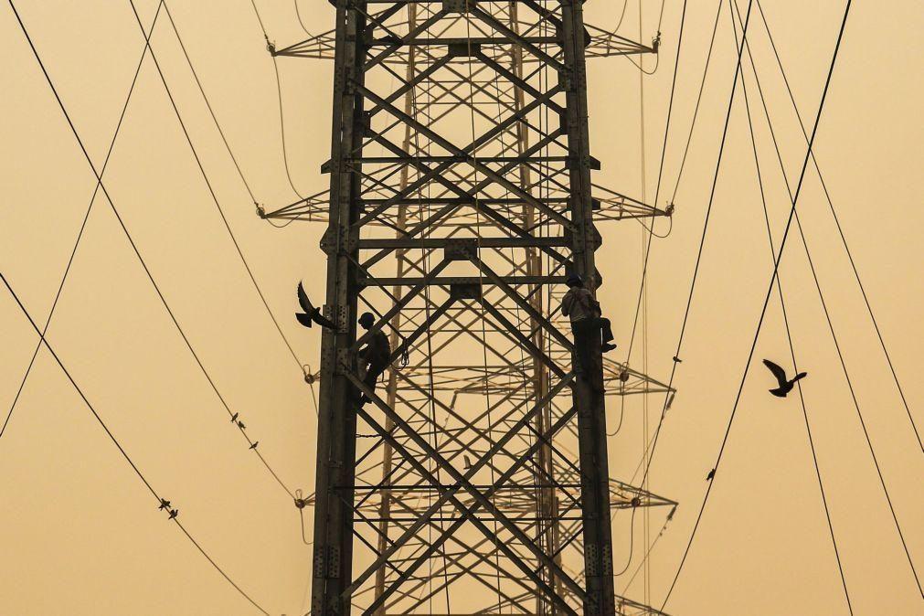 Reclamações no setor energético sobem 69% no 1.º  trimestre para 10.317 - ERSE