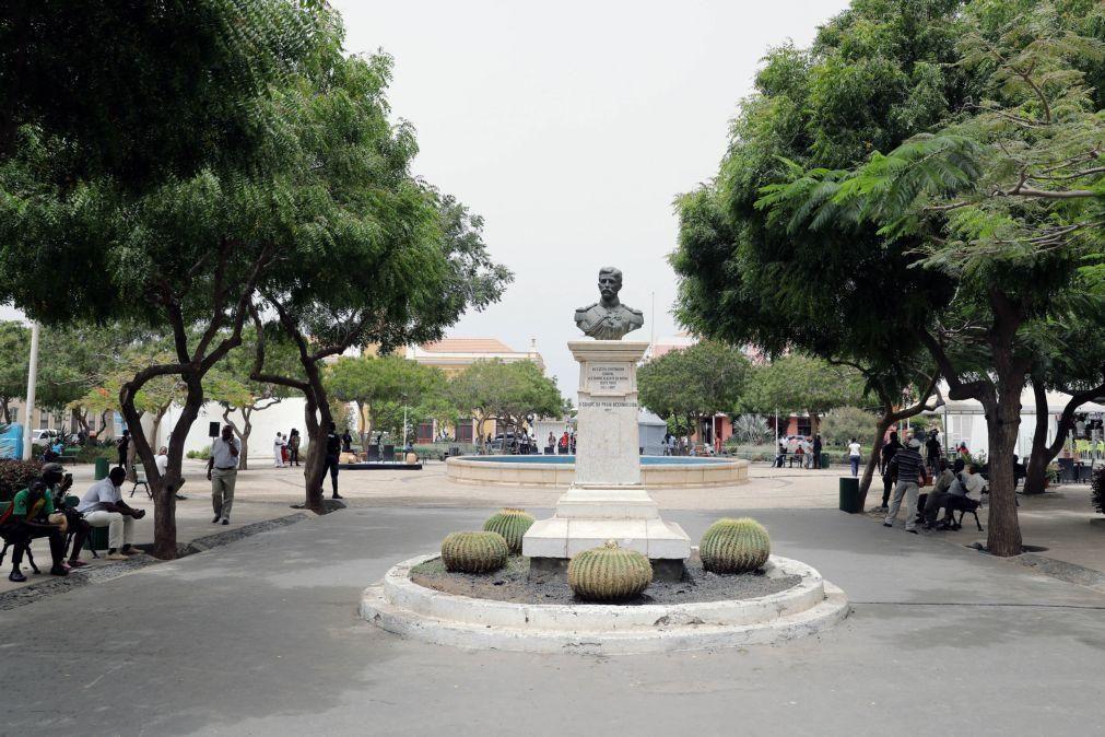 PR de Cabo Verde pede