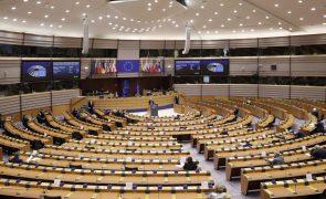 Covid-19: Parlamento Europeu preocupado com