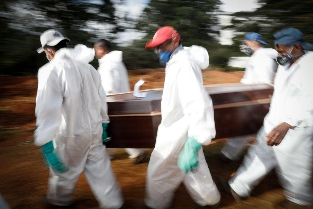 Covid-19: Brasil ultrapassa 400 mil mortes em 14 meses de pandemia