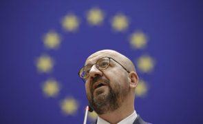 Covid-19: Presidente do Conselho Europeu quer maior cooperação com setor privado para acelerar vacinas