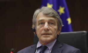 Presidente do PE denuncia sanções russas e promete defender direitos humanos
