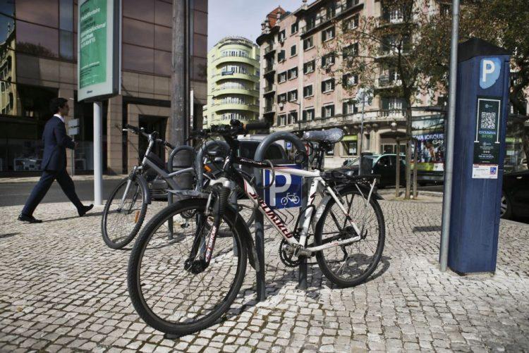 Governo admite que uso obrigatório de capacete pelos ciclistas possa não avançar