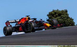 F1/Portugal: Verstappen com o tempo mais rápido na terceira sessão de treinos livres