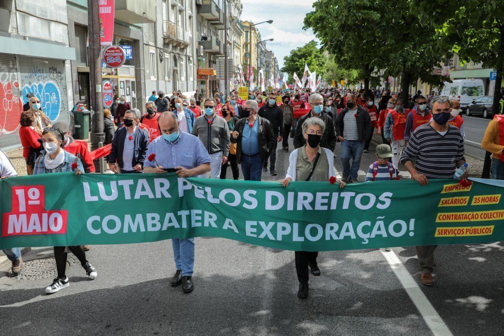 1º Maio: Mais de mil pessoas protestam em Lisboa pelos direitos dos trabalhadores