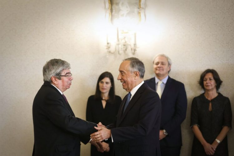 Ferro Rodrigues espera que haja capacidade nacional e do BCE para travar taxas de juro
