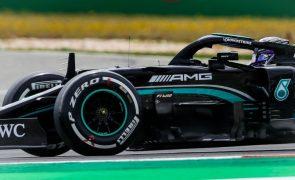 Hamilton vence GP de Portugal de F1 e alarga recorde de triunfos