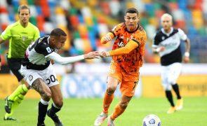 Ronaldo faz os dois golos da reviravolta da Juventus em Udine