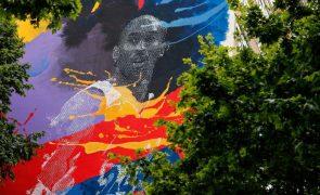 Kobe Bryant eternizado em campo de basquetebol e prédio em Lisboa