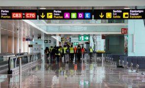 Covid-19: Bruxelas quer reabrir fronteiras da UE a estrangeiros vacinados
