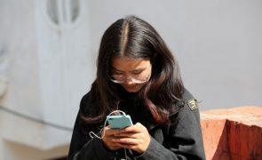 Metade dos jovens portugueses não distingue opinião de facto na internet