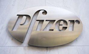 Pfizer espera vender este ano vacinas anti-covid por 26 mil milhões de dólares