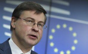 UE/Presidência: Dombrovskis fala em