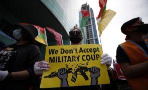 Myanmar: Cerca de 200 ONG pedem ao Conselho de Segurança da ONU embargo de armas