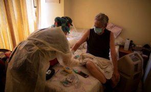 Covid-19: ONG Médicos Unidos da Venezuela alerta para morte de profissionais de saúde