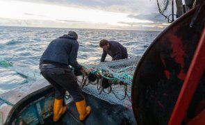 Governo de Jersey vai reunir-se com pescadores franceses para aplacar protestos