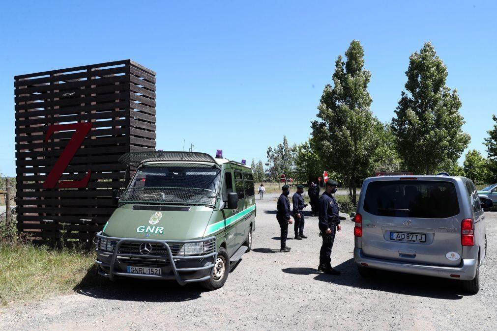 Covid-19: Forma como imigrantes foram transferidos causa indignação no Zmar