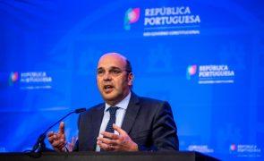 Governo selecionou cinco propostas para a reprivatização da Efacec