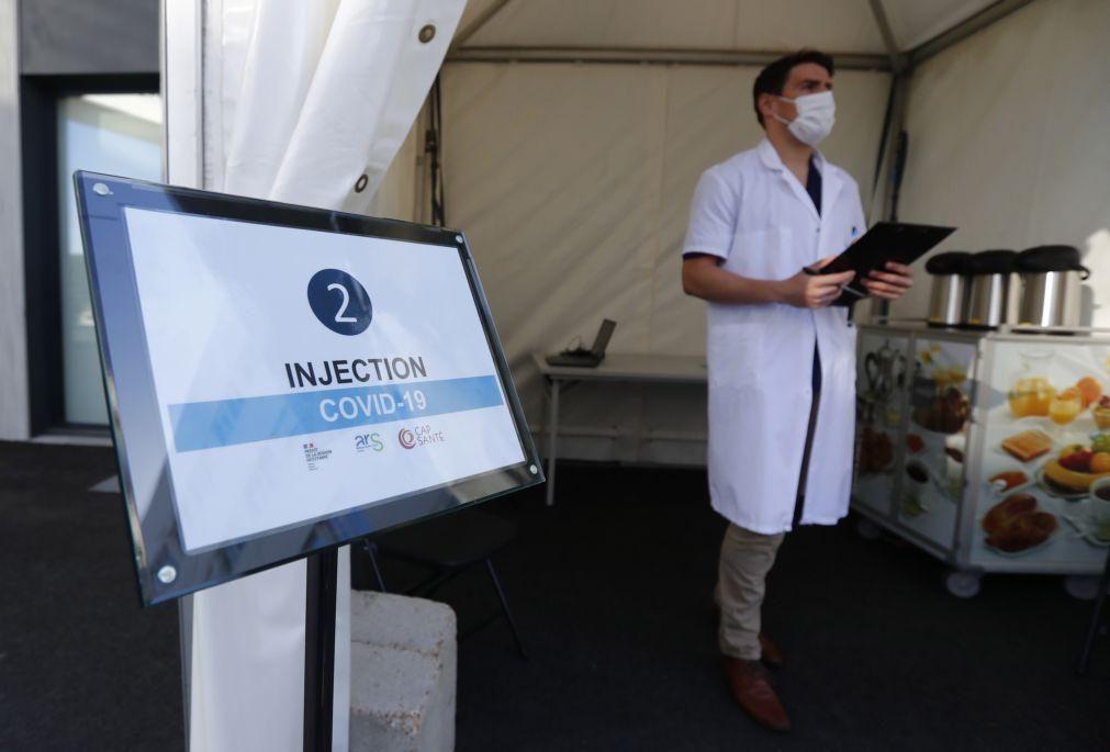 Covid-19: França bate recorde de vacinação