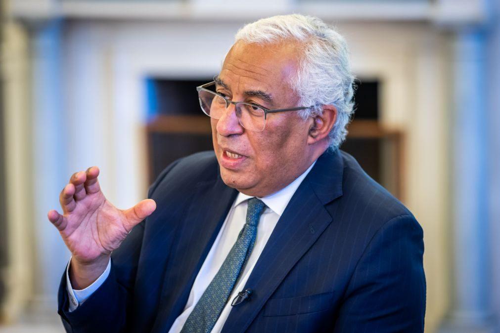 PRR: Costa quer mais funcionários públicos e reforma das profissões reguladas