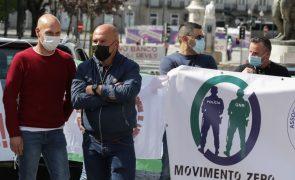 Agentes da PSP protestam no Porto exigindo atualização salarial e subsídio de risco