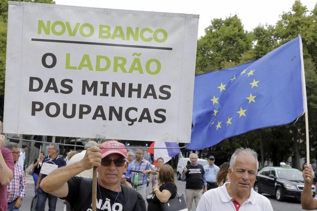 Lesados do BES exigem solução e ameaçam com greve de fome