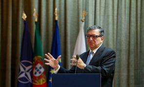 Covid-19: Durão Barroso saúda proposta americana de levantamento de patentes