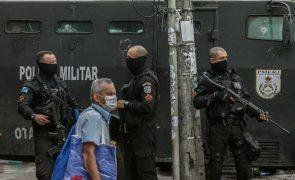Mais de 900 mortes em ações policiais no Rio de Janeiro após Supremo limitar operações em favelas