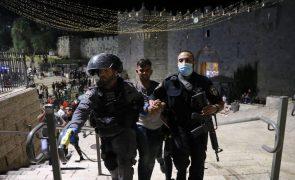 Sobe para 181 o número de feridos nos confrontos em Jerusalém