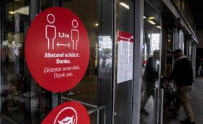 Covid-19: Alemanha baixa número de infeções para 15.685 e regista 238 mortes num dia