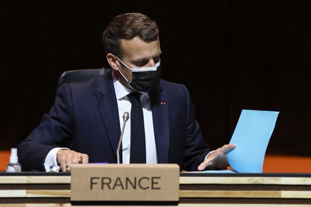 Cimeira Social: Macron reitera que a prioridade atual não são as patentes das vacinas