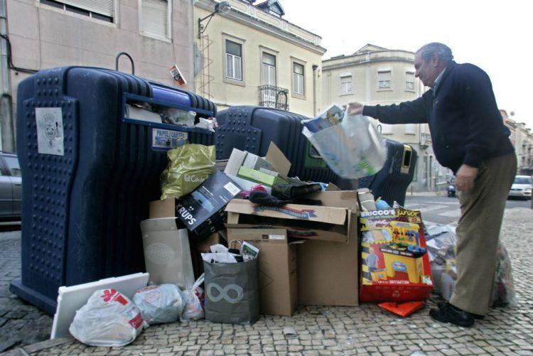 Portugal colocou em aterro 34% do lixo em 2015 - Governo