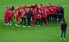 Bayern Munique 'festeja' nono título consecutivo com goleada